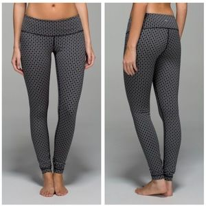 Lululemon | Wunder Under Tri Geo Silver Spoon